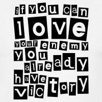 T-shirts Love your enemy Zitat The Help personnalisés