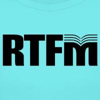 Accessoires und T-Shirts rtfm Geek Manual gestalten